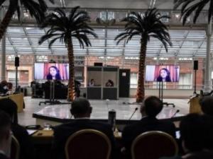 """الكشف عن أسماء بعض المشاركين ..لقاء تطبيعي """"سري"""" في لندن من 15 دولة عربية"""