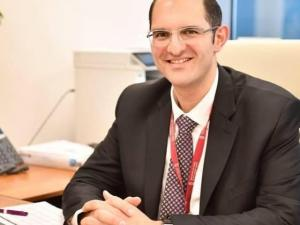 محمود الشوا يباشر أعماله مديراً عاماً لبنك فلسطين