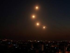 إصابة 3 مستوطنين بينهم حالة حرجة جدًا جراء قصف الصواريخ من غزة