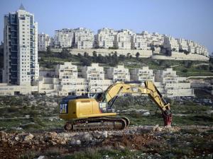 بدء تنفيذ مخطط لبناء حي استيطاني ضخم شمالي القدس رغم المعارضة الدولية