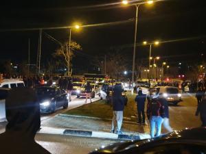 إصابة 23 مواطنا في بيت حنينا والاحتلال يغلق القدس