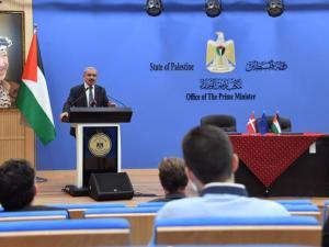 الرئيس عباس:لن ندخر جهداً لحماية القدس وأهلها