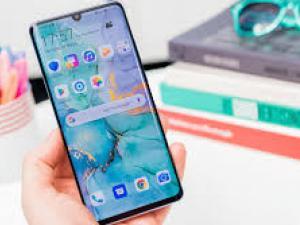"""جديد الهواتف الذكية.. ماذا """"سنشتري"""" في 2021؟"""
