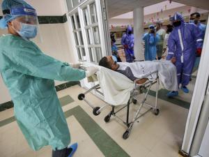 صحة غزة : 10 وفيات وتسجيل 1268 اصابة جديدة بفيروس كورونا