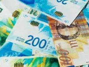 الدولار يواصل انهياره أمام الشيقل لمعدلات قياسية