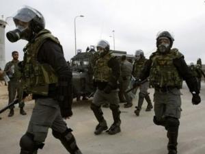 """توتر في سجن """"عوفر"""" وخطوات احتجاجية بدءا من صباح الغد"""