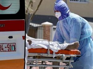 وفاة 5 مصابين وتسجيل 709 إصابات جديدة بكورونا في الضفة وغزة