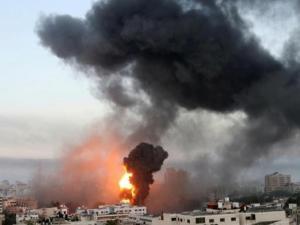 35 شهيدا و233 إصابة تواصل العدوان الإسرائيلي على غزة لليوم الثالث