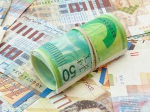 سعر صرف الدولار مقابل الشيكل اليوم الأربعاء