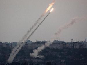 تقديرات الجيش الإسرائيلي أزمة لقاحات الكورونا قد تؤدي الى اطلاق الصواريخ من غزة