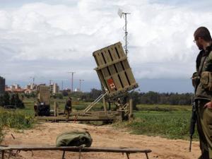 الجيش الإسرائيلي ينشر القبة الحديدية تحسباً لإطلاق صواريخ