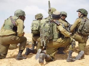 """كاتبة إسرائيلية: التسوية القائمة في غزة هشة.. """"قنبلة موقوتة"""""""