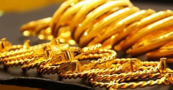الذهب يهبط لهذا السبب!