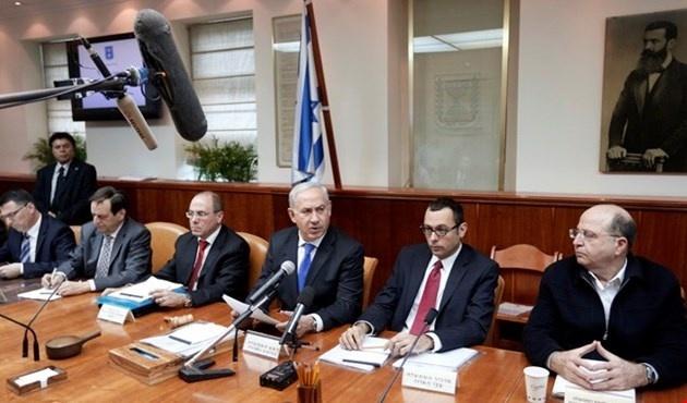 """""""اللجنة الوزارية"""" تصادق على حق """"الكابينيت"""" إعلان الحرب"""