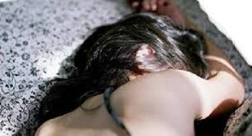 إغتصاب جماعي لامرأة وتصويرها أمام زوجها.. وهذه التفاصيل!