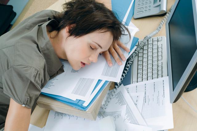 ما الذي يدفع أنجح الموظفين إلى تقديم استقالتهم؟