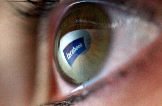 """أول رئيس لـ""""فيسبوك"""" يكشف الفكرة الحقيقية لتأسيس الموقع"""