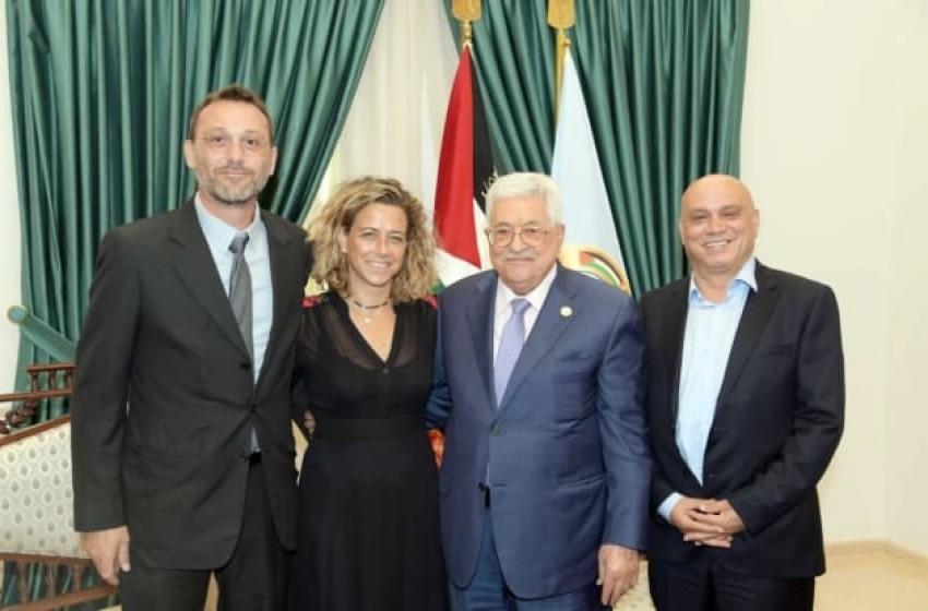 عباس يجتمع بوفد إسرائيلي ويأمل بإسقاط نتنياهو