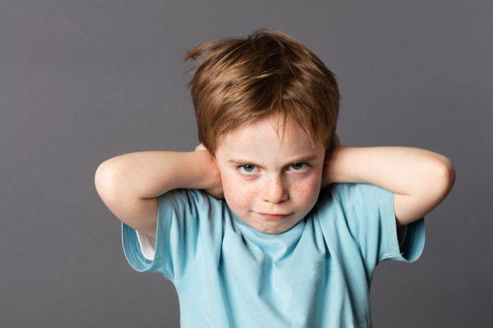 كيف تعرف ما إذا كان ابنك يكذب؟