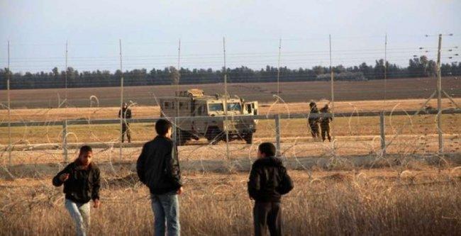 إصابة مزارع برصاص الاحتلال شرق المغازي