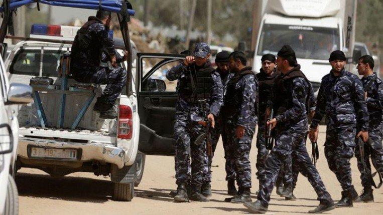 أمن حماس يعتقل أربعة موظفين من وزارة المالية