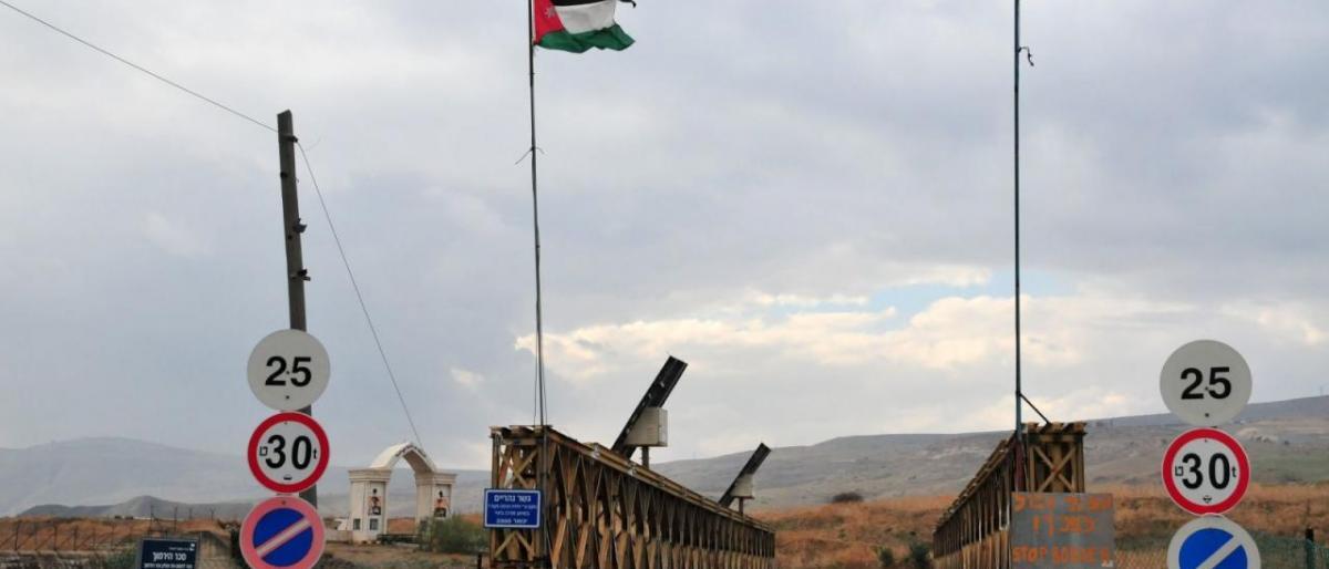 """""""إسرائيل"""" تعلن قرب انتهاء خط الأنابيب مع الأردن"""