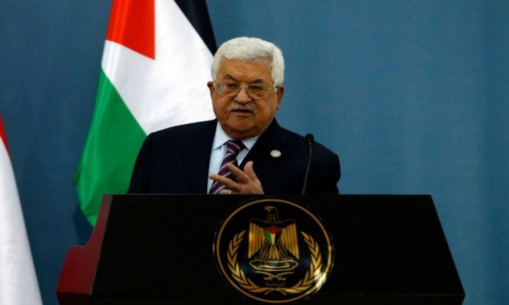 """عباس يبلغ إسرائيل رفض تسلم أموال الجباية إذا نقصت """"فلسا"""" واحدا"""