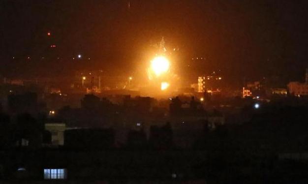 إطلاق صاروخين من قطاع غزة بعد قصف الاحتلال