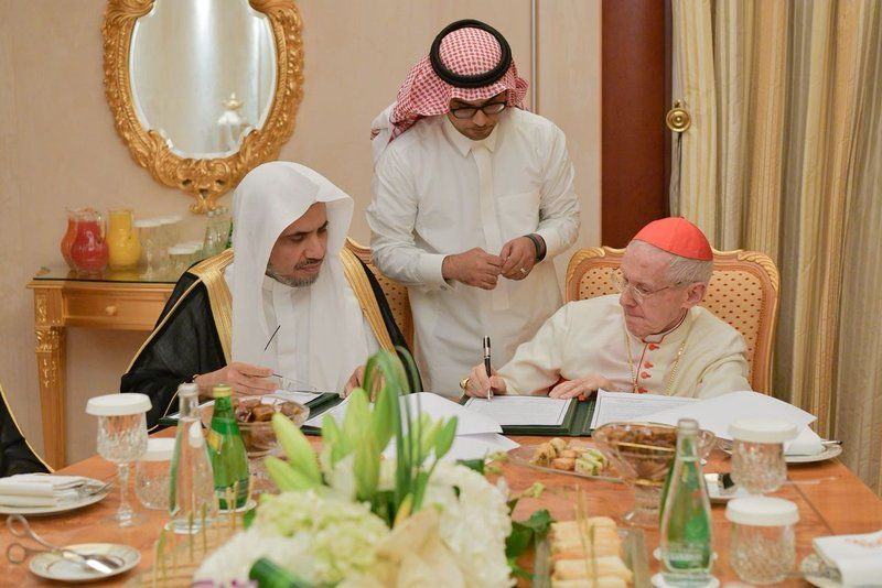 ديلي ميل: اتفاق بين السعودية والفاتيكان لبناء كنائس (تفاصيل)