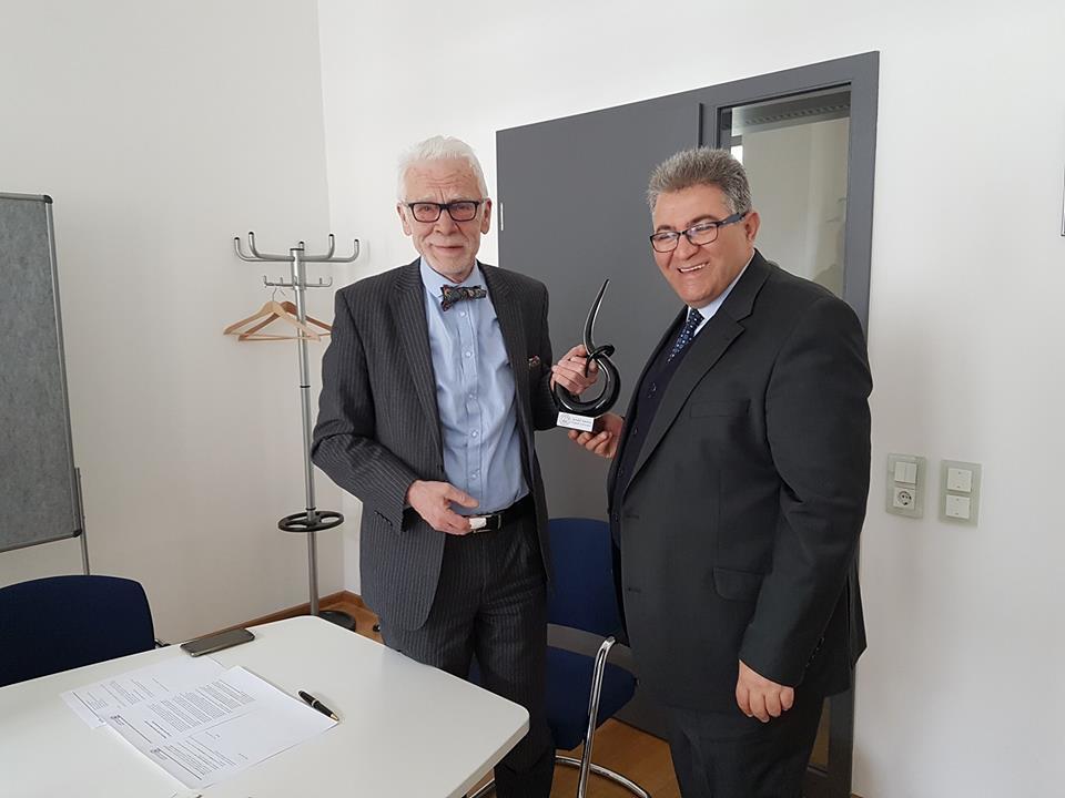 """أ.د. أبو كشك يتفق مع رئيس جمعية """"مستشفى الشيراتيه"""" التعليمي الأكبر في المانيا على توسيع الشراكة مع جامعة القدس"""