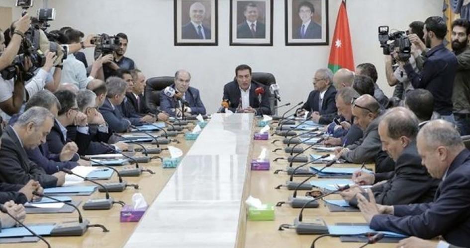 الحكومة الأردنية تقدم استقالتها تمهيدا لتعديل حكومي الخميس