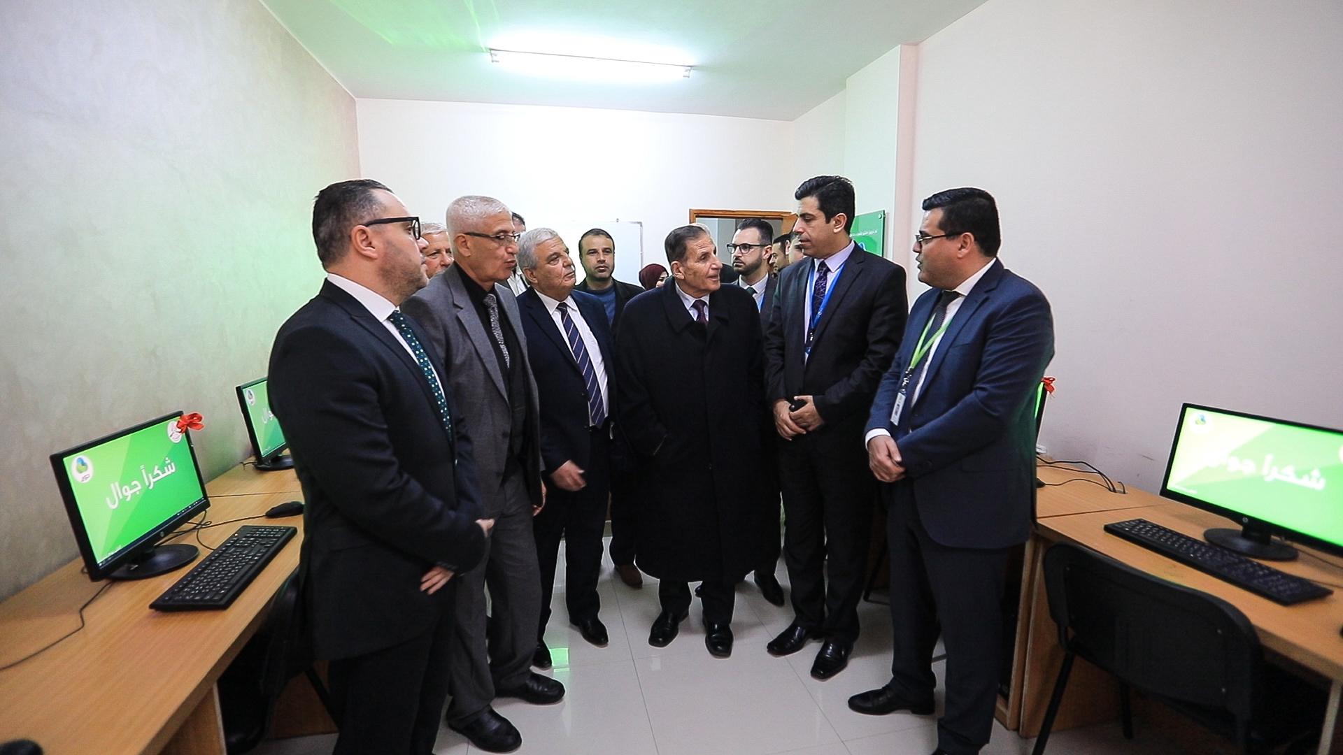 جوال و جامعة غزة يفتتحان مشروع تجهيز مختبر حاسوب