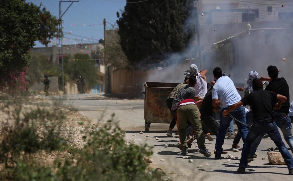 إصابات بالاختناق عقب قمع الاحتلال مسيرة كفر قدوم