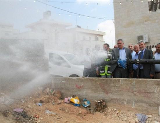 الوزيرغنيم يفتتح شبكة مياه جلجليا ومحطة ضخ بيرزيت