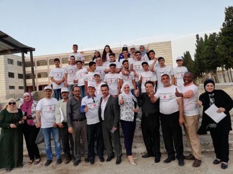 بنك فلسطين يقدم رعاية لمخيم العمل التطوعي الاول في عصيرة الشمالية