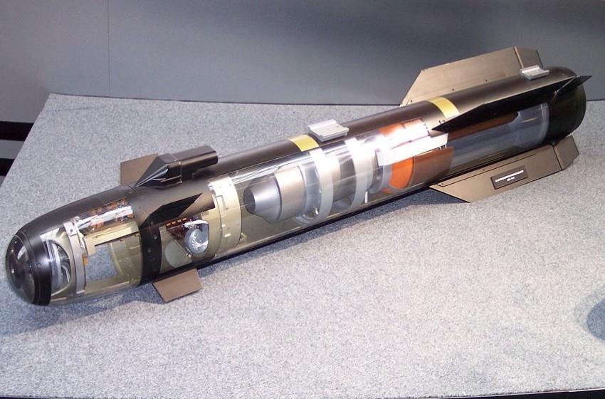 تعرف على قدرات الصاروخ الإسرائيلي الموجّه الجديد