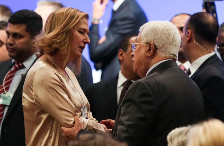 مستشرق إسرائيلي: عباس ماض حتى إسقاط حماس بثورة أو دبابة