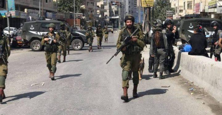 قوات الاحتلال تفرض حصارا مشددا على واد الحمص