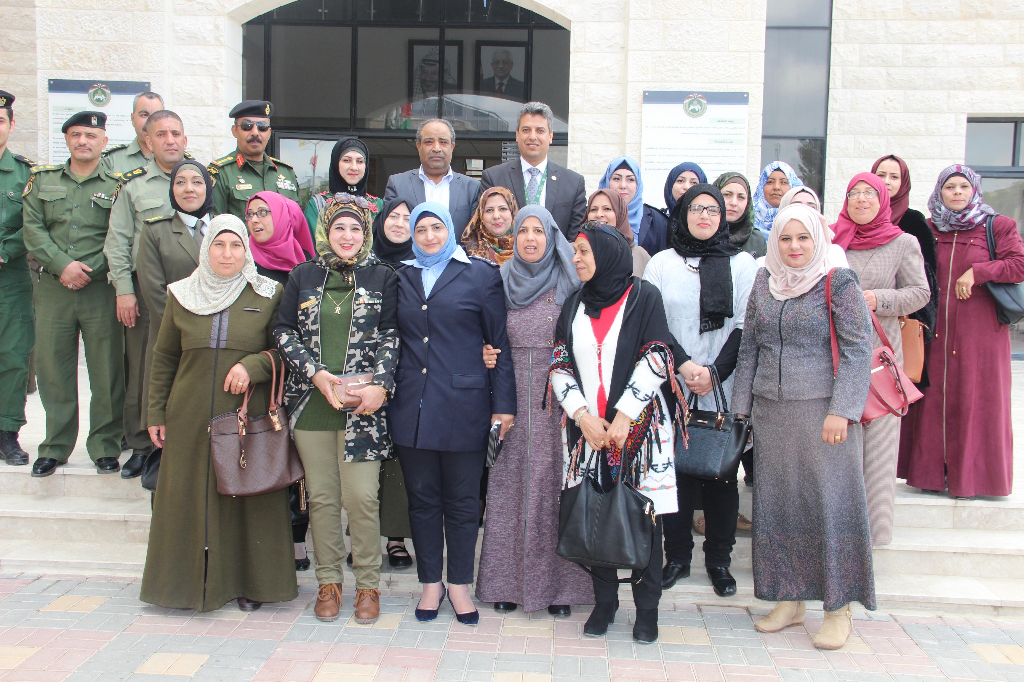 """""""بنك القدس"""" يشارك في تكريم المرأة العاملة في المؤسسة الأمنية في محافظة سلفيت...لمناسبة يوم المرأة العالمي"""