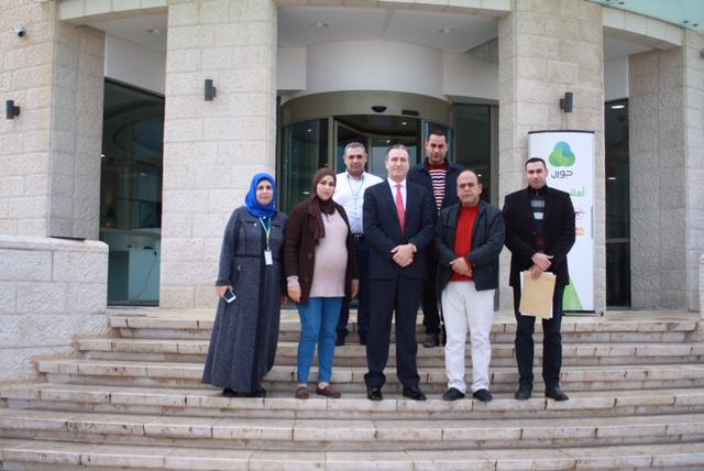 مجموعة الاتصالات الفلسطينية تدعم مشروع تنموي لمجلس قروي أبو شخيدم