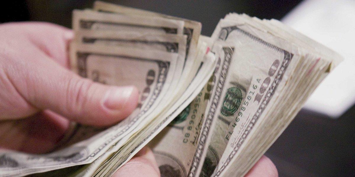 هذه الأسباب تمنعك من إقراض الأموال للأقارب والأصدقاء