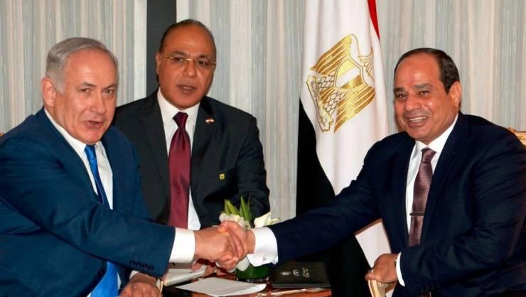 نتنياهو يشارك في احتفالات يوم الاستقلال المصري