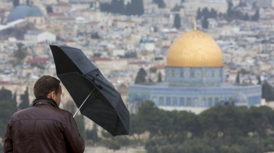 طقس فلسطين: منخفض جوي اليوم وغداً وأمطار متفرقة