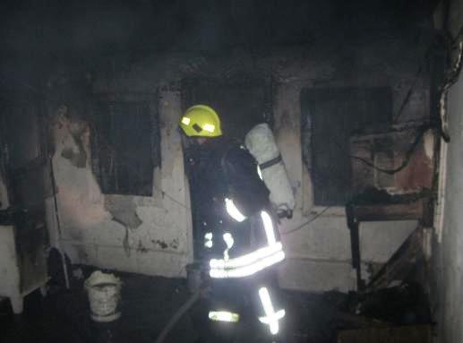 حريق في منز