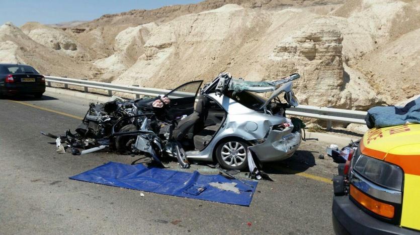 6 إصابات إحداها حرجة بحادث سير على طريق البحر الميت