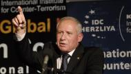 """""""آفي ديختر"""": عباس لا ينتظرنا وقرر الضغط على حماس"""