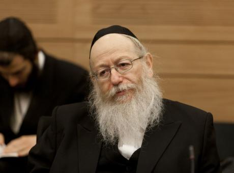 بسبب عطلة السبت...وزير إسرائيلي يهدد بالإستقالة!