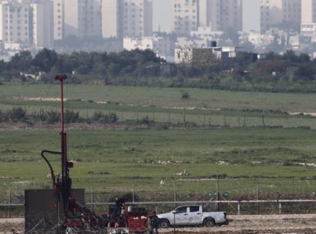 الاحتلال يطلق النار تجاه رعاة الأغنام شرق القطاع