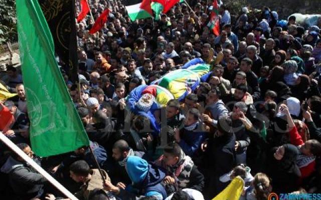 """يُخول شرطة الاحتلال الإسرائيلي فرض قيود مشددة وتحديد كافة تفاصيل جنازات الشهداء الفلسطينيين منفذي العمليات.  وذكر موقع """"i24"""