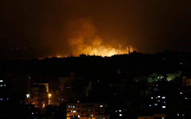 الاحتلال تشن غارات جوية على قطاع غزة